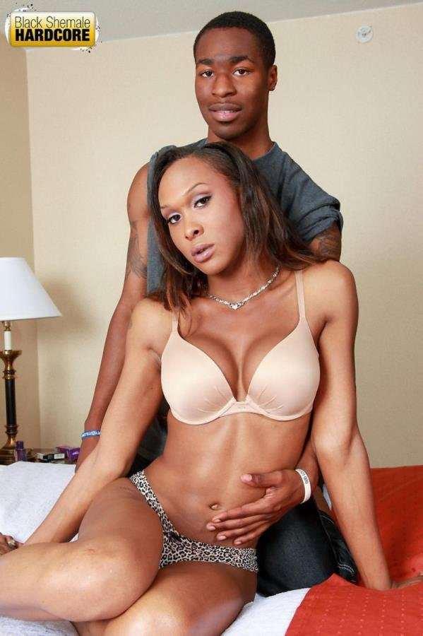 BlackShemaleHardcore: (Kayla Biggs) - Is a stunning black shemale with a magnificent body [HD 720p] (377.39 Mb)