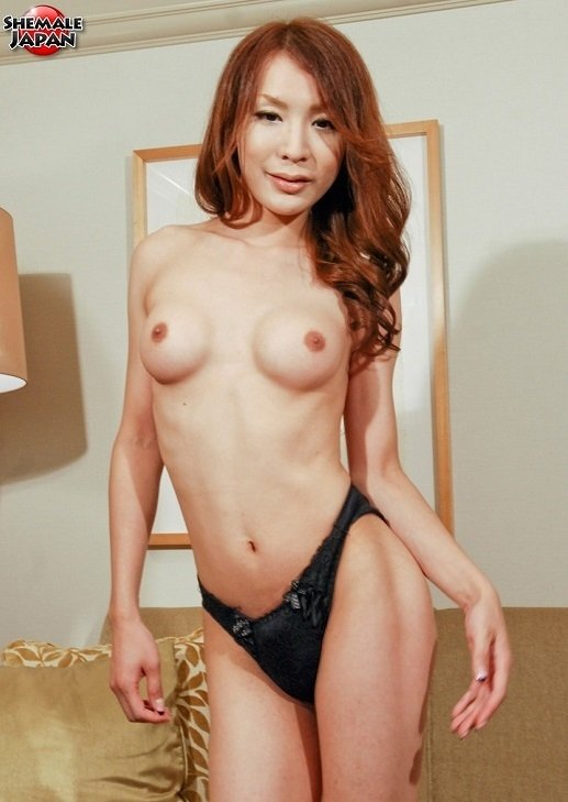 SheMaleJapan: (Yuu Kakisaki) - Yuu Kakisaki Shows It All Off (2018) [HD] (432.44 Mb)