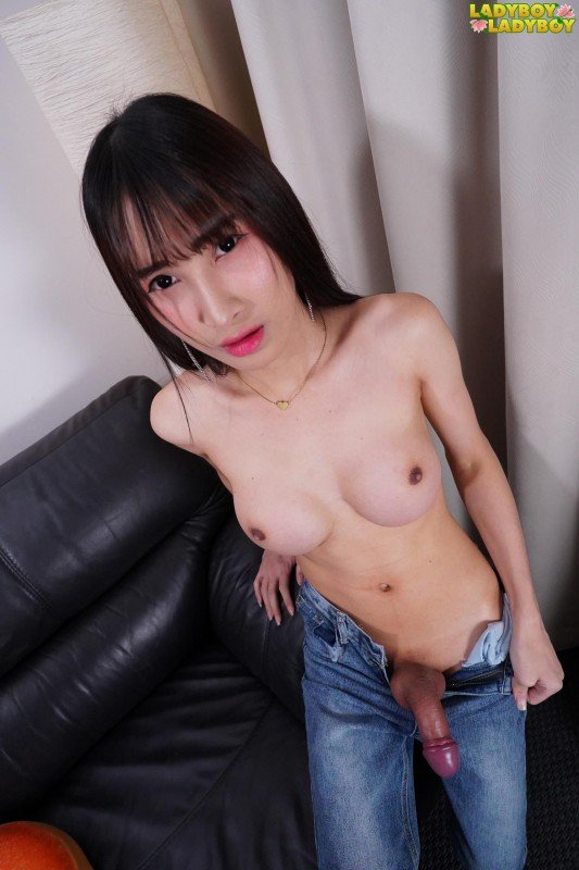 Ladyboy-Ladyboy.com: (Pooh) - Makes Herself Cum! [FullHD] (897.84 Mb)