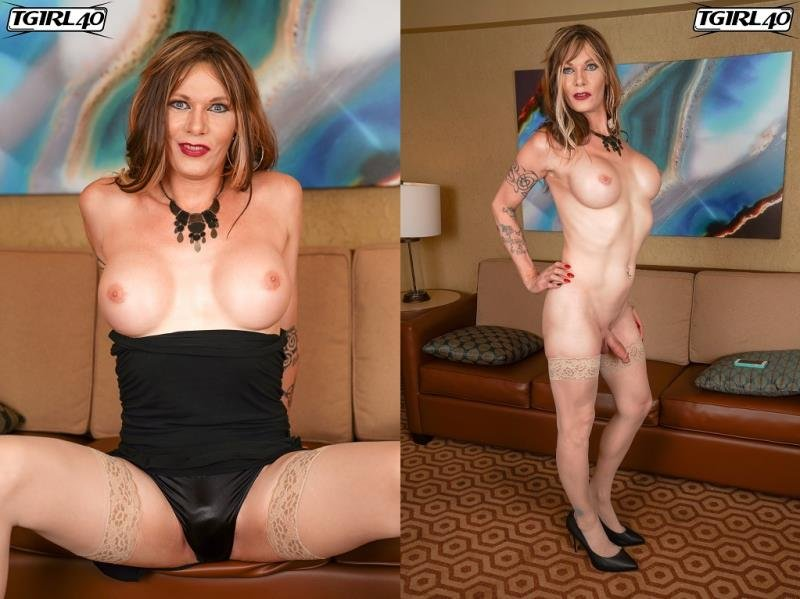 TGirl40.com: (Peggy Bambalino) - The Super Hot Peggy Bambalino [HD] (560.59 Mb)
