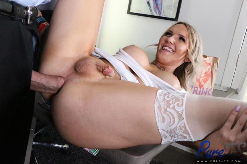 Pure-ts.com: (Kayleigh Coxx) - Getting Out Of Trouble With Her Professor  [SD] (611.5 Mb)