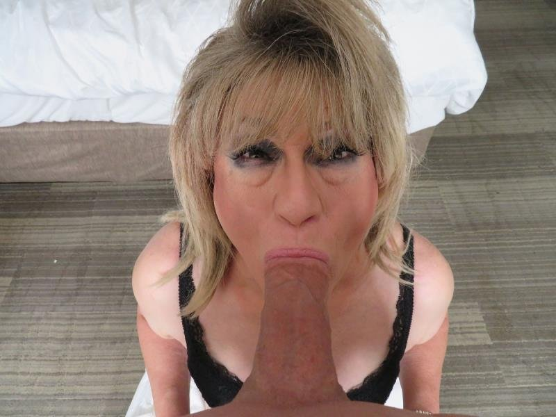 SissyPOV.com: (Rita Stevens) - Experienced In Milking Cocks Dry [HD] (433,85 Mb)