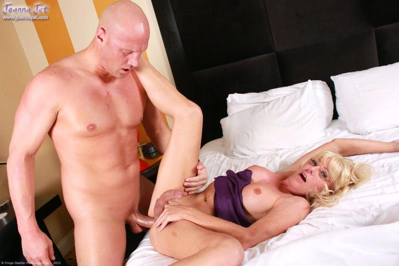 JoannaJet.com: (Joanna Jet, Christian) - Shemale Cougar #6 - Morning Treat [HD] (643,6 Mb)